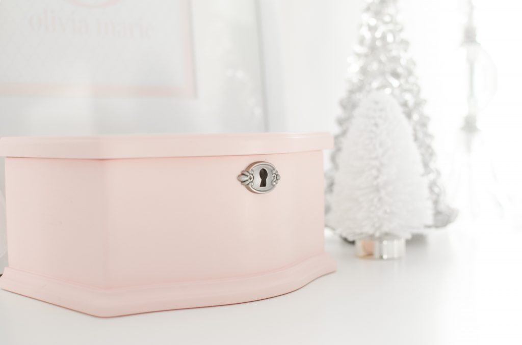 girl jewelry box pink