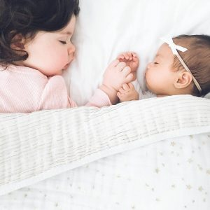 sisters-sleeping-co-sleeping