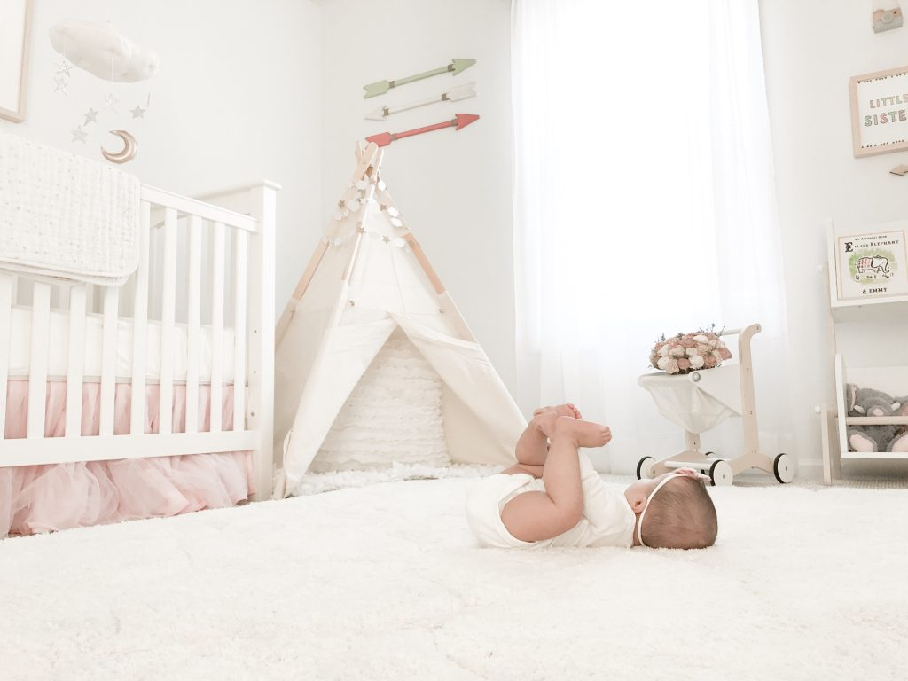 nursery-baby-girl-dreamy